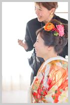 色打掛は日本髪風スタイルで